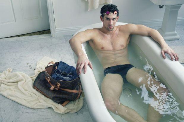 Michael Phelps en la bañera